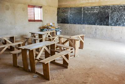 Escuelas en peligro de extinción