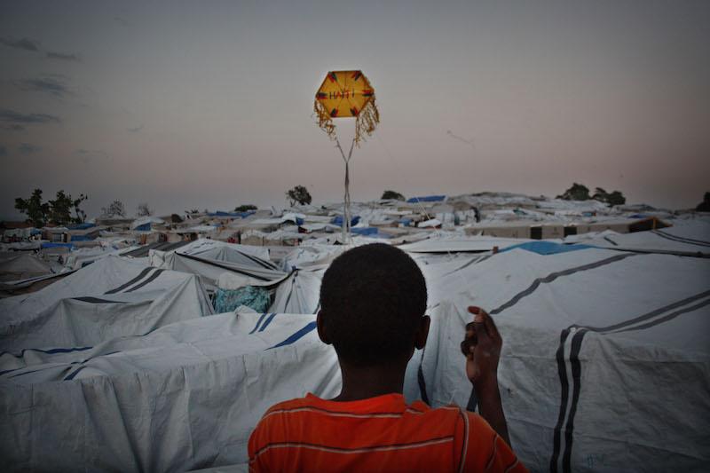 Haití, hace 10 años. Campo de población refugiada tras el terremoto.