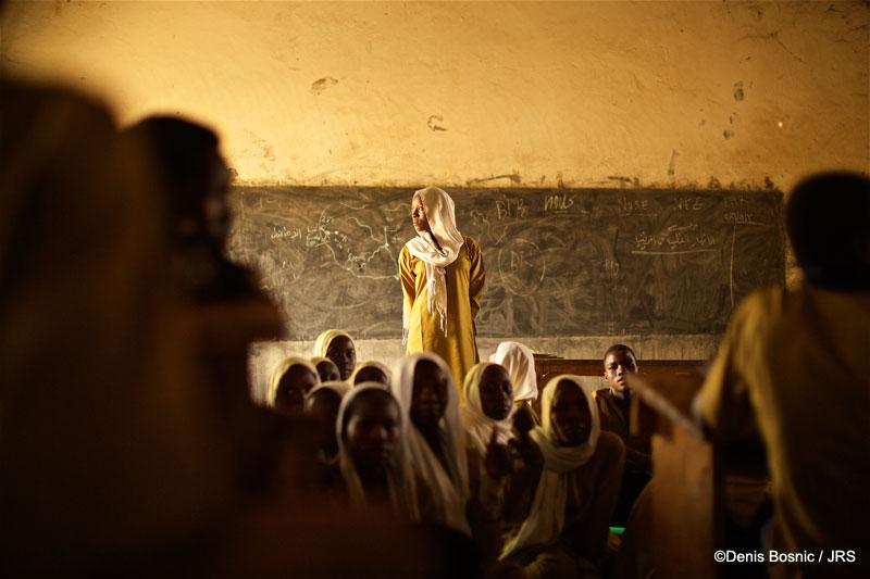 La educación, clave para la integración de las personas refugiadas en Chad