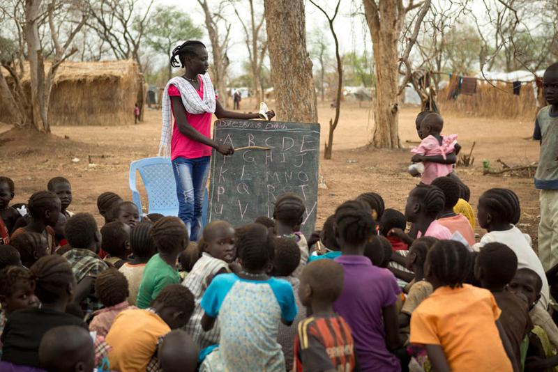 Profesora en un campo de refugiados de Sudán del Sur