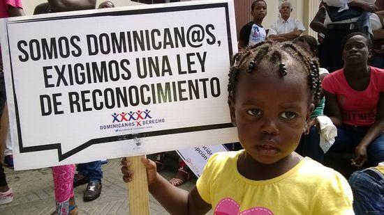 Miles de dominicanos en inminente riesgo de apatridia