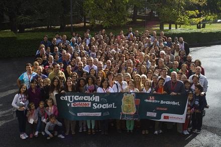 Foto de familia durante el XV Encuentro Nacional de Entreculturas
