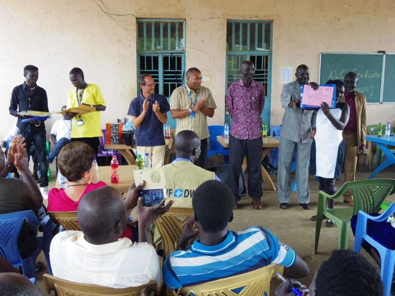 Más de 400 alumnos y alumnas unidos por la educación en Sudán del Sur